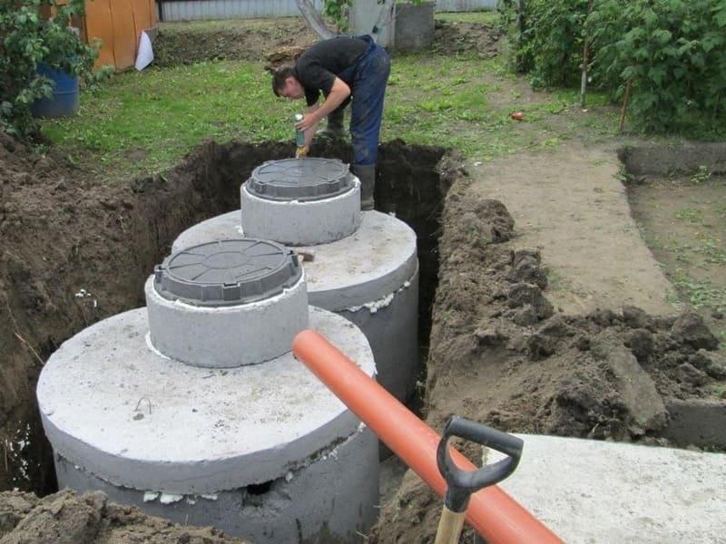 септик из бетонных колец в Новой Москве